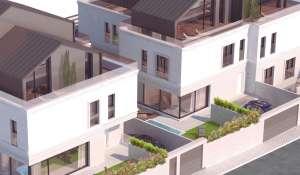 Nově ve výstavbě Chalet Madrid