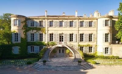 Sezónní pronájem hrad Les Baux-de-Provence